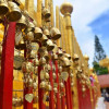 Đến chùa Phrathat Doi Suthep Thái Lan treo chuông nguyện cầu