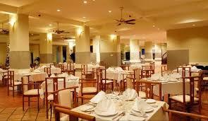 Nhà hàng Alamanda tại Sandy Beach