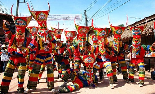 Lễ hội Phi Ta Khon ở Thái Lan