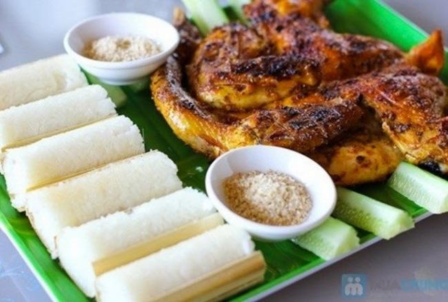 Cơm lam là món ăn không thể bỏ qua nếu đã đến Mai Châu - Hòa Bình
