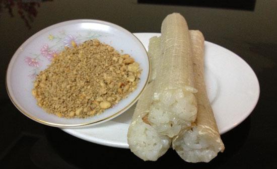 Cơm lam thơm dẻo ăn cùng muối vừng